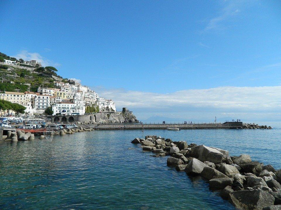 نشاطات سياحية غير مكلفة في نابولي الإيطالية
