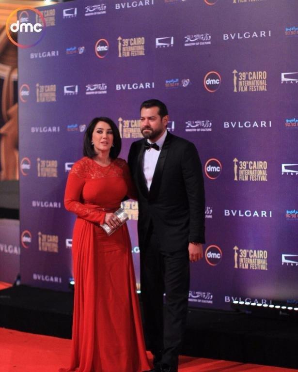 صور من افتتاح مهرجان القاهرة السينمائي بحضور ليز هيرلي