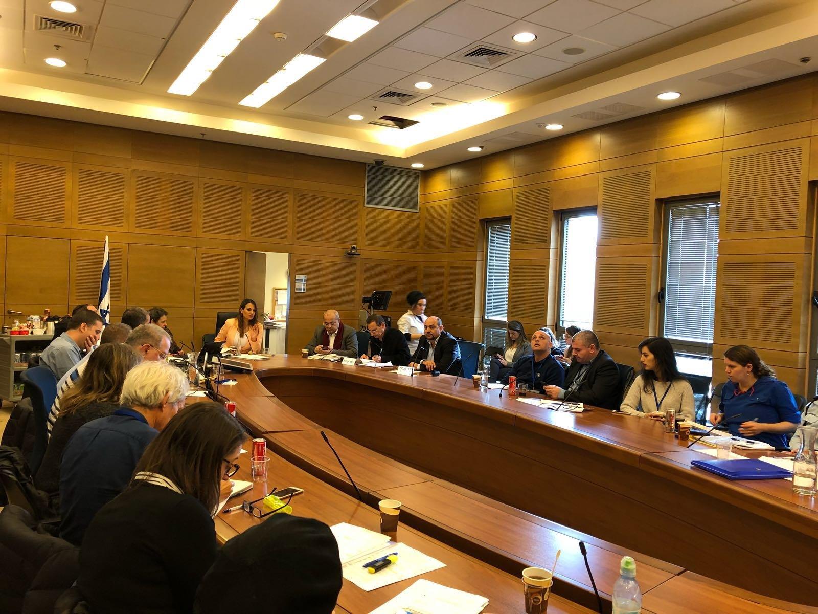 غنايم وحاج يحيى في لجنة حقوق الطفل: مسؤولية الوزارة تطبيق القانون ومنع تشغيل الاطفال بورشات العمل