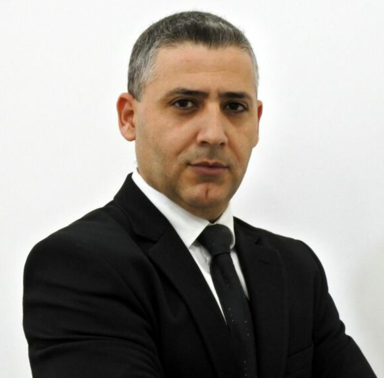 المحاميان بنا وسيف يقدمان أول التماس ضد قانون الإرهاب