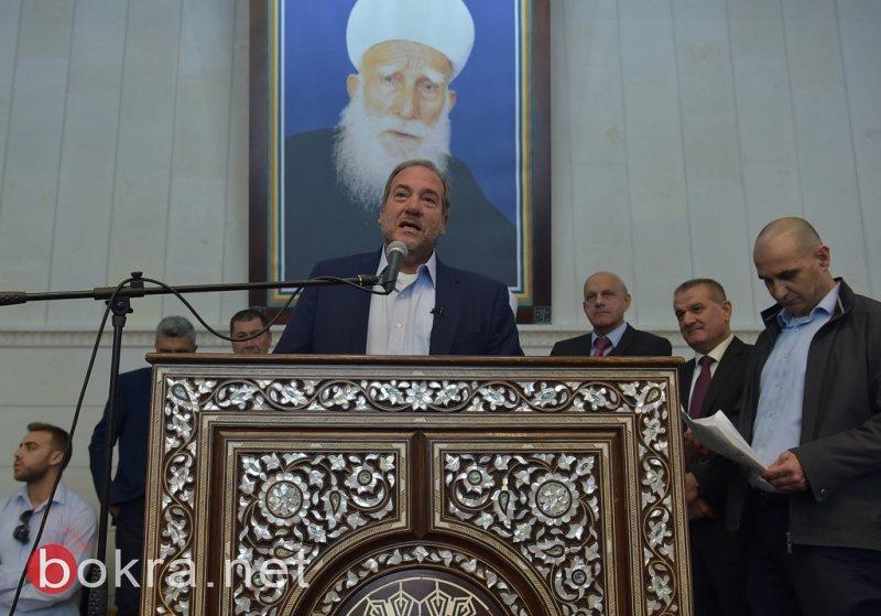 رئيس صندوق الصداقة يشارك بزيارة النبي شعيب، والشيخ طريف يكرمه