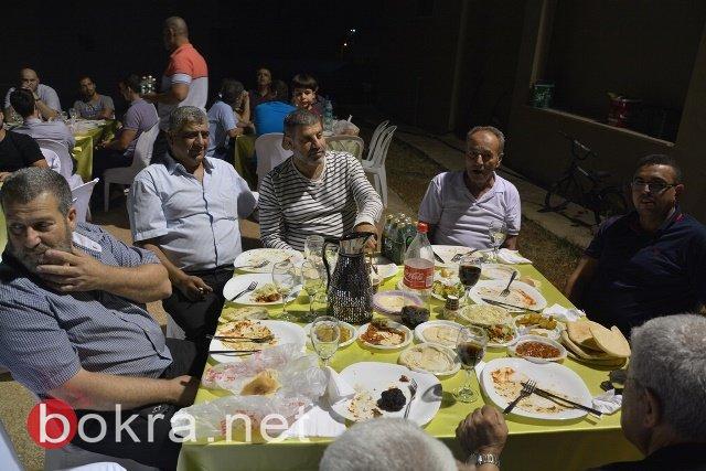 رئيس بلدية الطيرة يُقيم حفل عشاء تكريمي لفريقي كرة القدم والسلّة