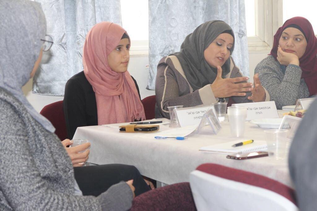بئر السبع: جلسة بمركز تمار لعرض العقبات التي تواجه المجتمع العربي بالنقب