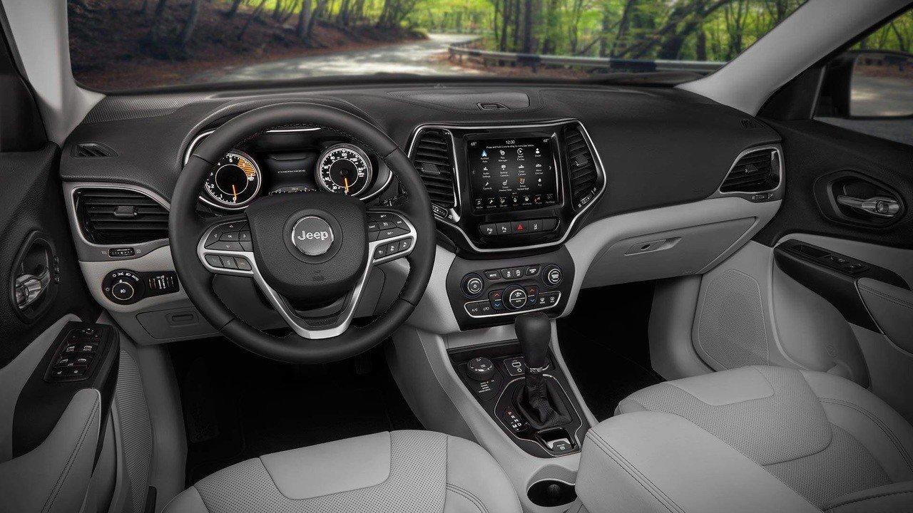 Jeep تعيد أشهر سياراتها بحلة جديدة