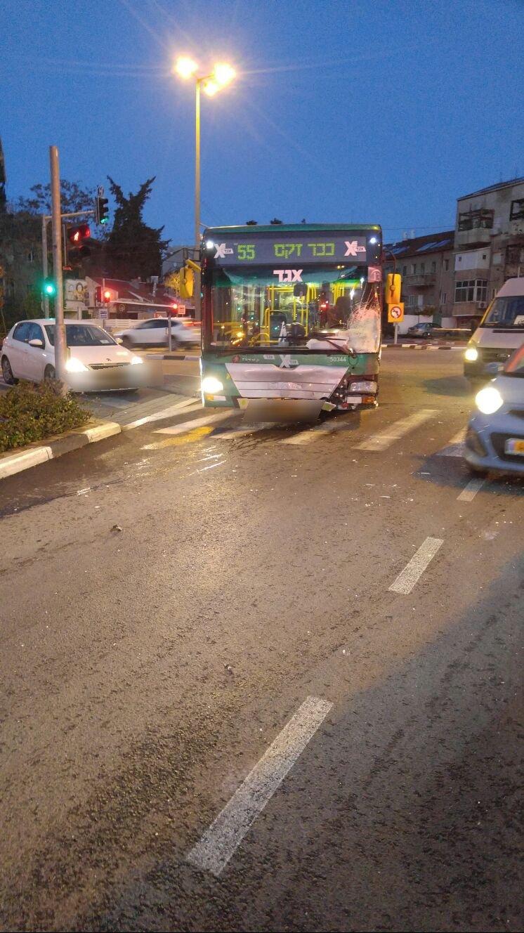 حوادث طرق عديدة في البلاد وإصابات جراء حالة الطقس .. وتحذيرات من الشرطة وسلطة الإنقاذ