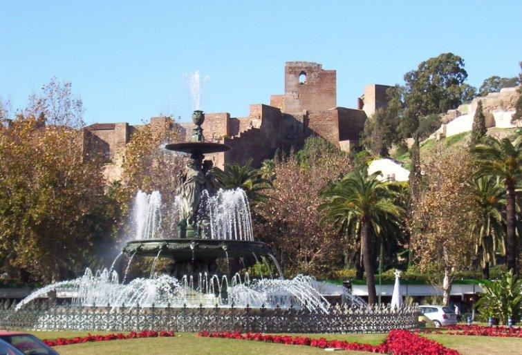 زيارة سياحية إلى مالقة الإسبانية 856745722