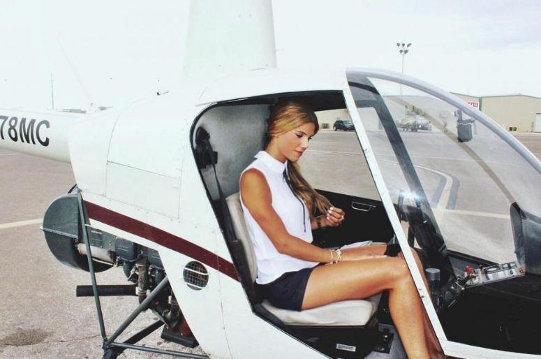 حسناء الطيران.. أجمل قائدة طائرة على الإطلاق!
