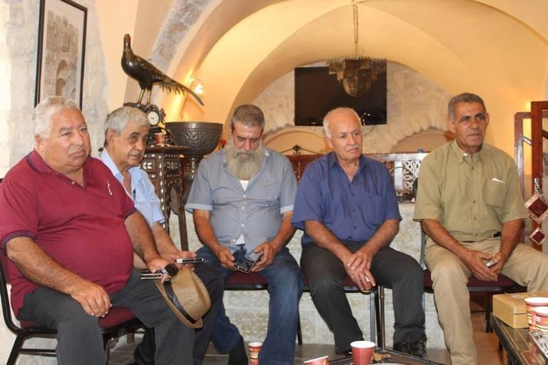 زيارة دعم للمطران حنا من قبل اللجنة الشعبية للتضامن مع الشعب السوري