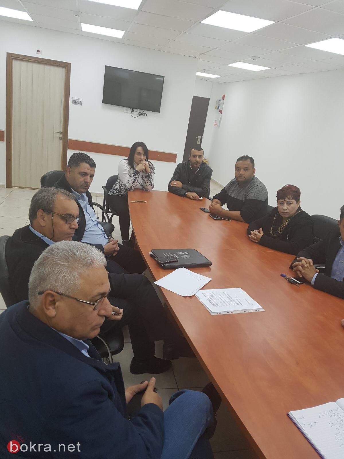 سخنين: اللجنة الشعبية تجتمع بضابط شرطة مسجاف لمناقشة حداث العنف