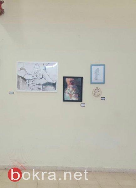 تنظيم معرض فني في مدينة الطيبة يطرح قضايا المرأة والأرض بمشاركة طالبات وخرّيجات كليّة الفنون همدراشا في بيت بيرل