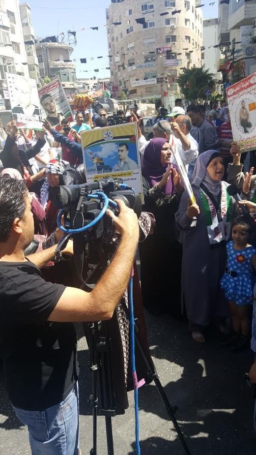 فرحة عارمة تعم فلسطين: الإعلان عن انتهاء اضراب الاسرى