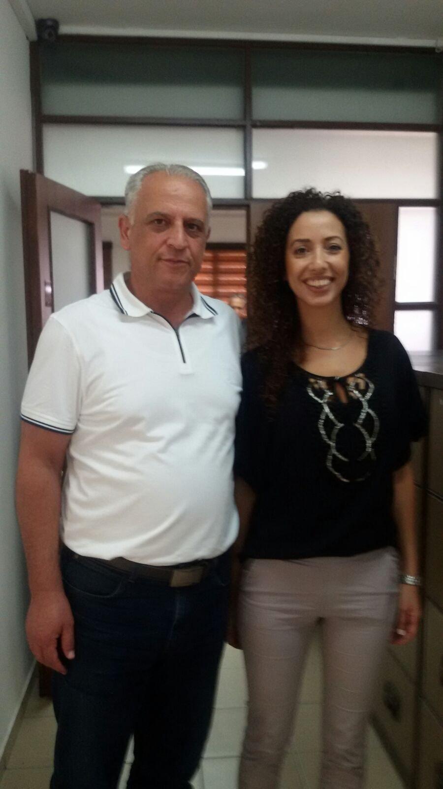 وزير السياحة يزور الشبلي أم الغنم ويؤكد دعم مشروعي الفندق والسوق