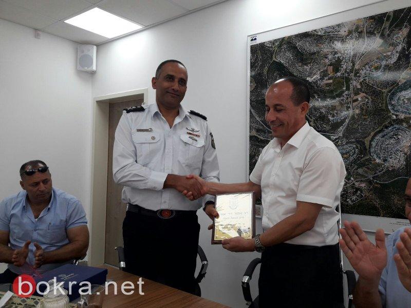 قائد سلطة الاطفاء والانقاذ الجنرال ديدي سمحي يلتقي رؤساء المجالس المحلية البدوية والاتفاق على برامج تعاون مشتركة
