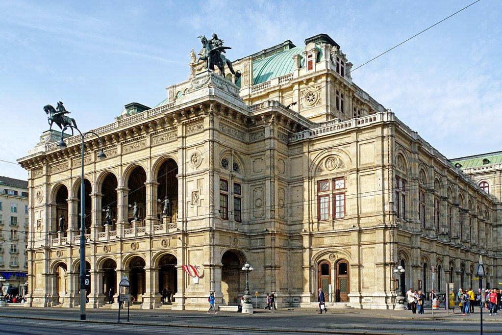 أروع رحلة يمضيها العشّاق في فيينا!