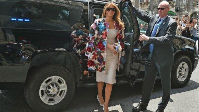 ميلانيا ترامب ترتدي سترة 3D سعرها أكثر من 51 ألف دولار!