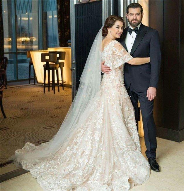 انتقادات تعرضت لها هذه النجمات بسبب فساتين زفافهن