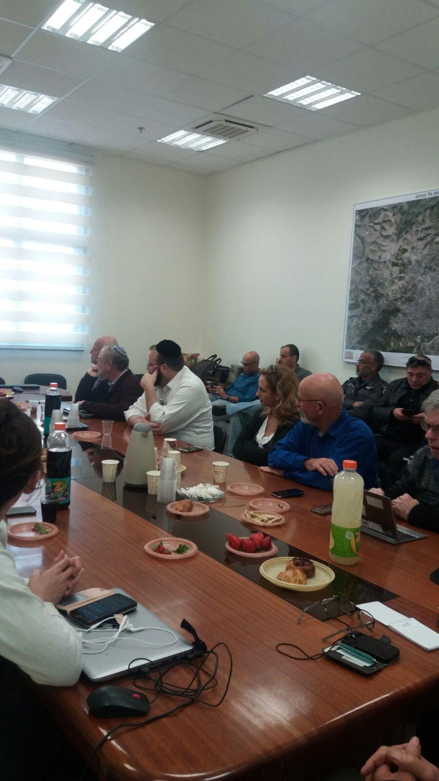 وفد رفيع المستوى من وزارة حماية البيئة يحل ضيفاً على وحدة البيئة في بلدية ام الفحم والمثلث الشمالي