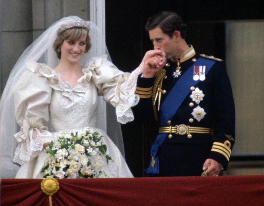 """أسرار """"صادمة"""" عن العلاقة الزوجية بين ديانا وتشارلز"""