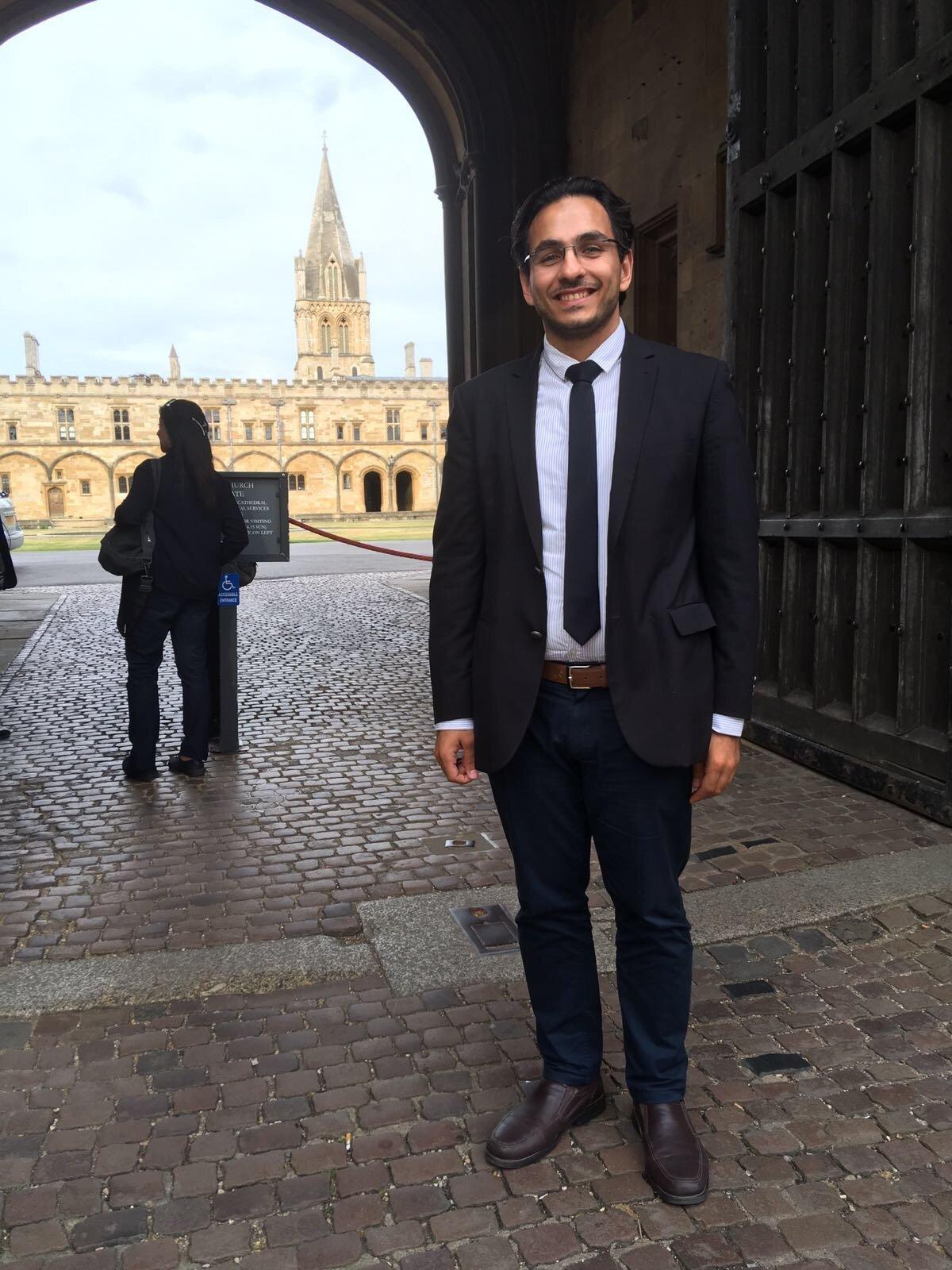 الباحث إياس يوسف ناصر يحاضر عن الشعر الجاهلي في جامعة أوكسفورد