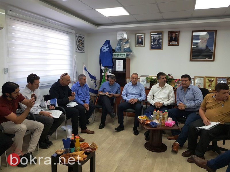 وزير الاقتصاد والنائب أكرم حسون في زيارة دعم لقرية بقعاثا في هضبة الجولان!