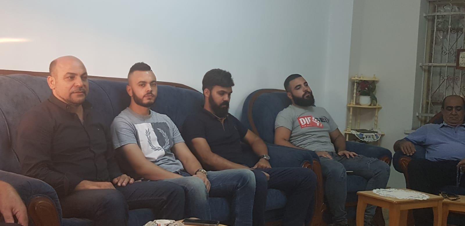 النائب مسعود غنايم في زيارة لضحايا الاعتداء العنصري الدموي من شفاعمرو