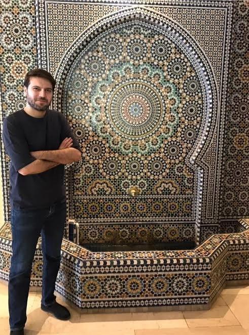 سامي يوسف يصور وثائقياً حول مدينة مكناس المغربية