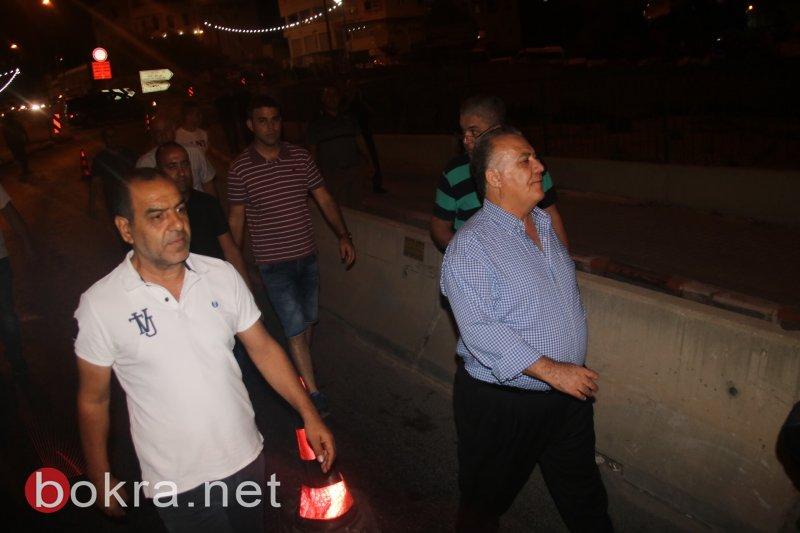بلدية الناصرة تزيل الحواجز الاسمنتية المجاورة لجسر بئر الأمير