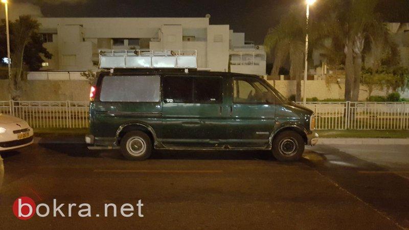 الجنوب: القبض على عصابة سرقة سيارات تجارية مقدسية فلسطينية