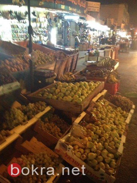 أسواق الضفة بالعيد وقبل العيد  .. مليئة بالمتفرجين ولا متسوقين
