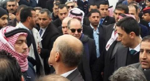 أردني توفي وهو يحاول حمل جثمان والدة رئيس الحكومة