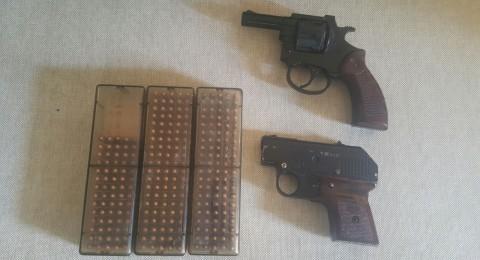 ضبط سلاح وذخيرة في البعنة واعتقال مشتبه