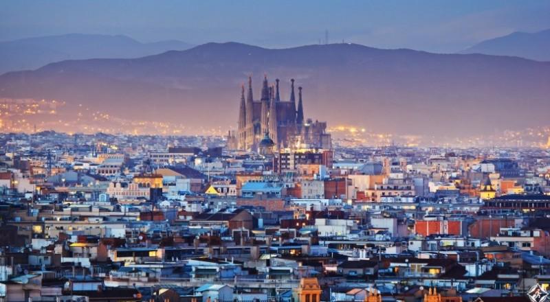 للسياحة، أي المدينتين أفضل؟ .. برشلونة أم مدريد