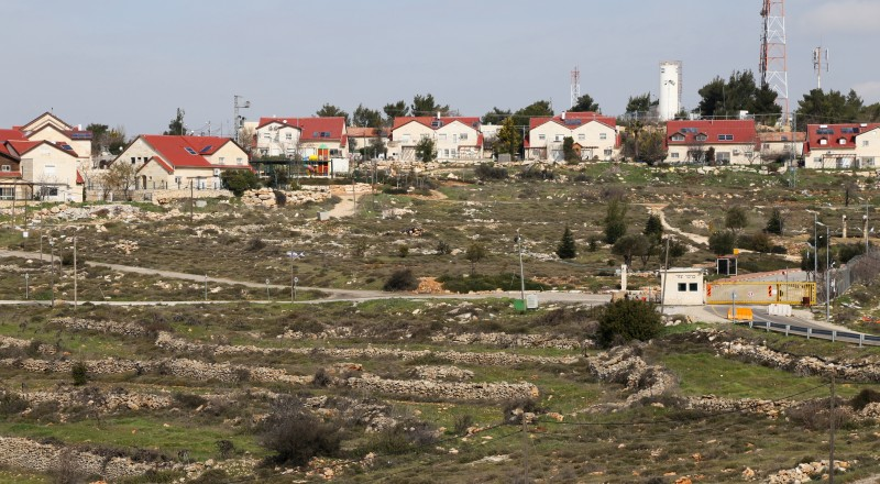 تقرير: ارتفاع حاد طرأ على مصادرة أراضي الضفة خلال 2016 بنسبة 127%