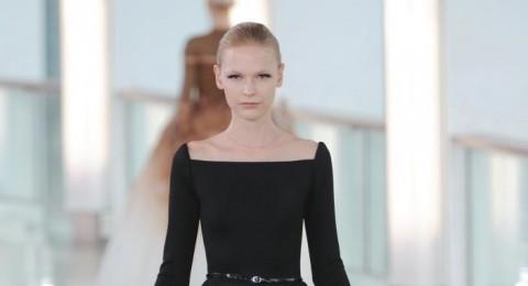 أزياء محتشمة بلمسة فخامة من Stephane Rolland ربيع وصيف 2015