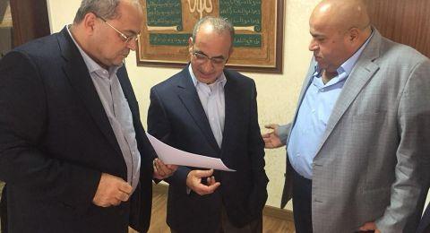 الطيبي يجتمع بوزير النقل الأردني ويطرح قضية رسوم المعابر