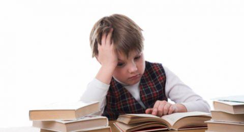 5 نصائح للتعامل مع الطفل بطئ التعلم