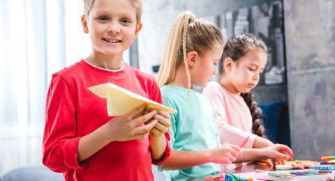 طفلك لا يركز ولا يؤدي جيدًا في المدرسة؟ أعطيه هذا المكوّن!