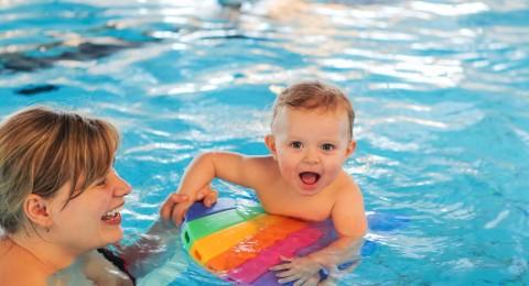 صحة أطفالك في حمامات السباحة العامة كيف تحافظين عليها؟