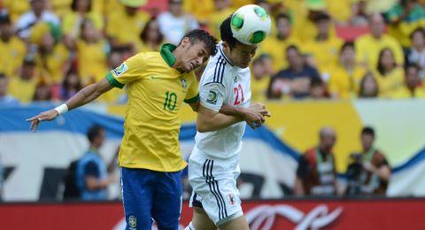نيمار يقود البرازيل إلى عبور