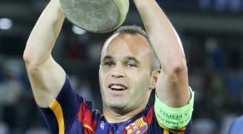 رسميًا: إنييستا باقٍ للأبد مع برشلونة