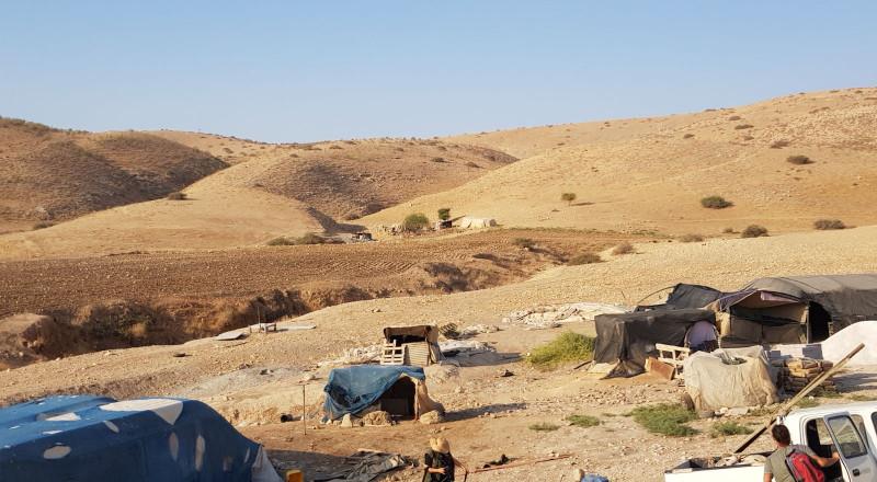 350 إخطاراً احتلالياً لوقف ومنع البناء في الأغوار