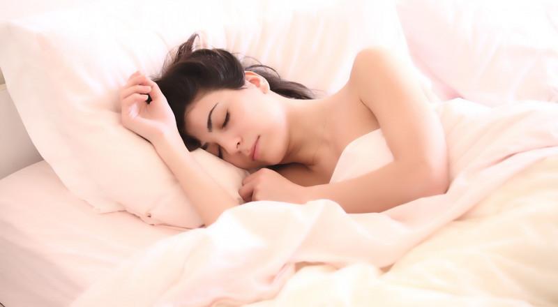أفضل وأسوأ وضعيات النوم