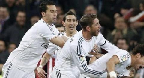 ريال مدريد يضع قدماً في نهائي الكأس بتغلبه على اتلتيكو مدريد بثلاثية بيضاء