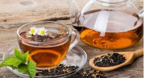 أسباب تجعلك تشرب الشاي الأسود يوميًا