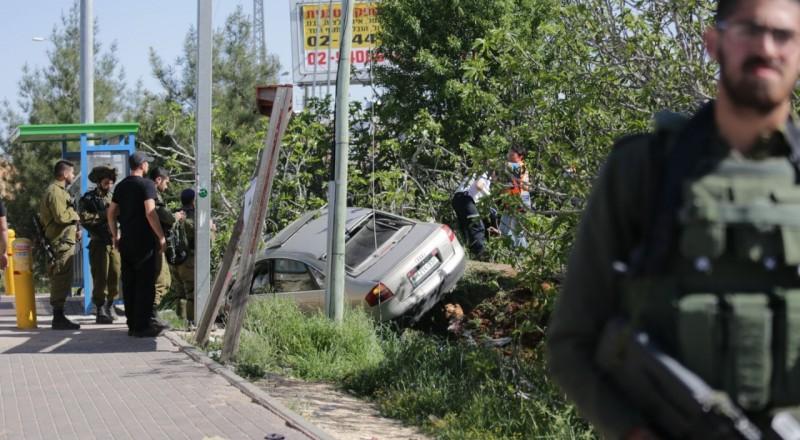 مقتل اسرائيلي في عملية دهس بالقرب من مستوطنة عوفرا واصابة اثنين