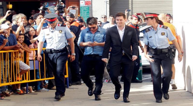 ميسي ملاحق من قبل المخابرات الأرجنتينية