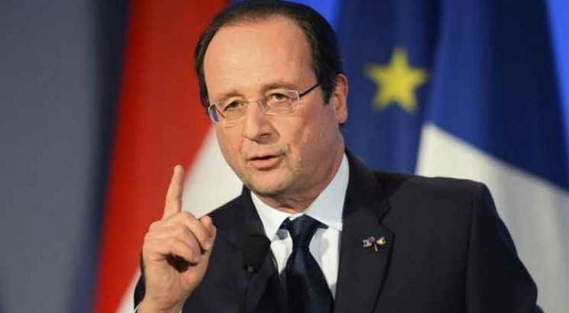 الرئيس الفرنسي يطالب بفرض عقوبات على النظام السوري