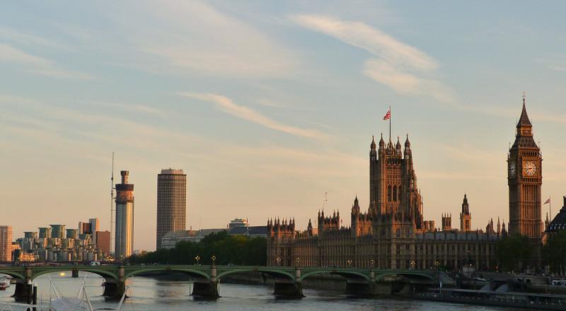 60% من البريطانيين يريدون الحفاظ على الجواز الأوروبي بعد