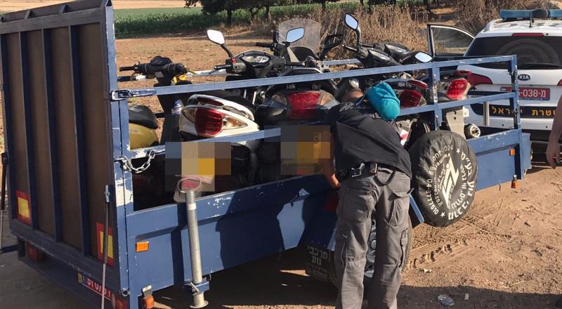 تحرير اكثر من نحو 1400 مخالفة ومصادرة دراجات نارية في حملة للشرطة بمنطقة الناصرة والشمال
