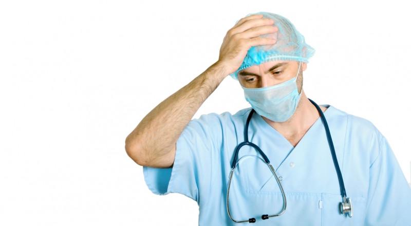 دعاوي الاهمال الطبي بالآلاف، بينما العقوبات